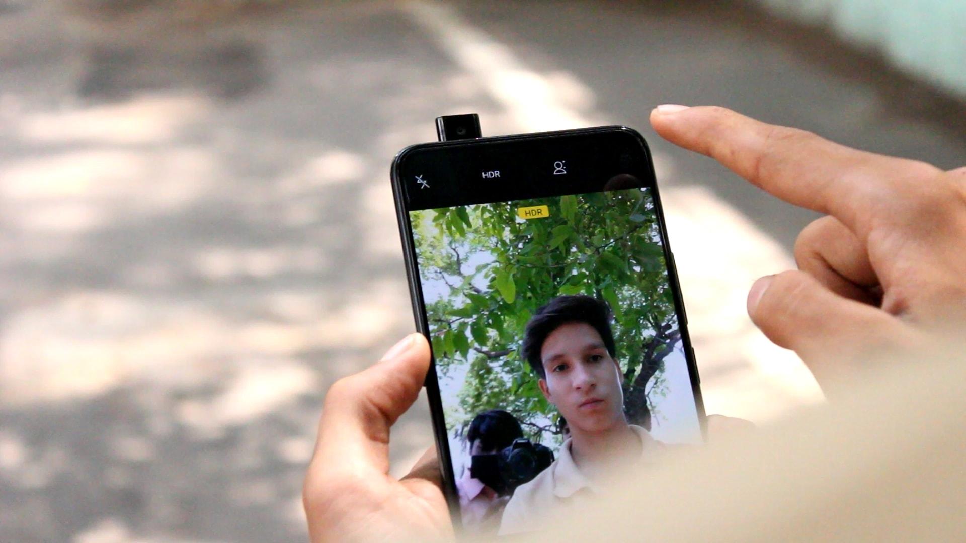 Vivo NEX pop-out Front Camera